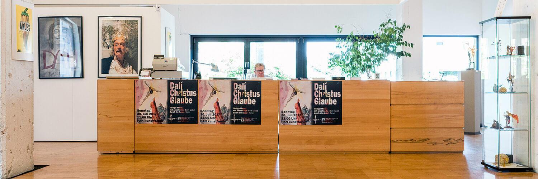 informationsbereich_schalter_information_pankunstforum_emmerich